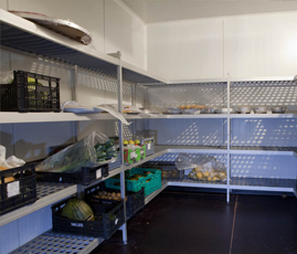 In the catering sector, Coolblok shelves can be used to store food, kitchenware and cleaning products